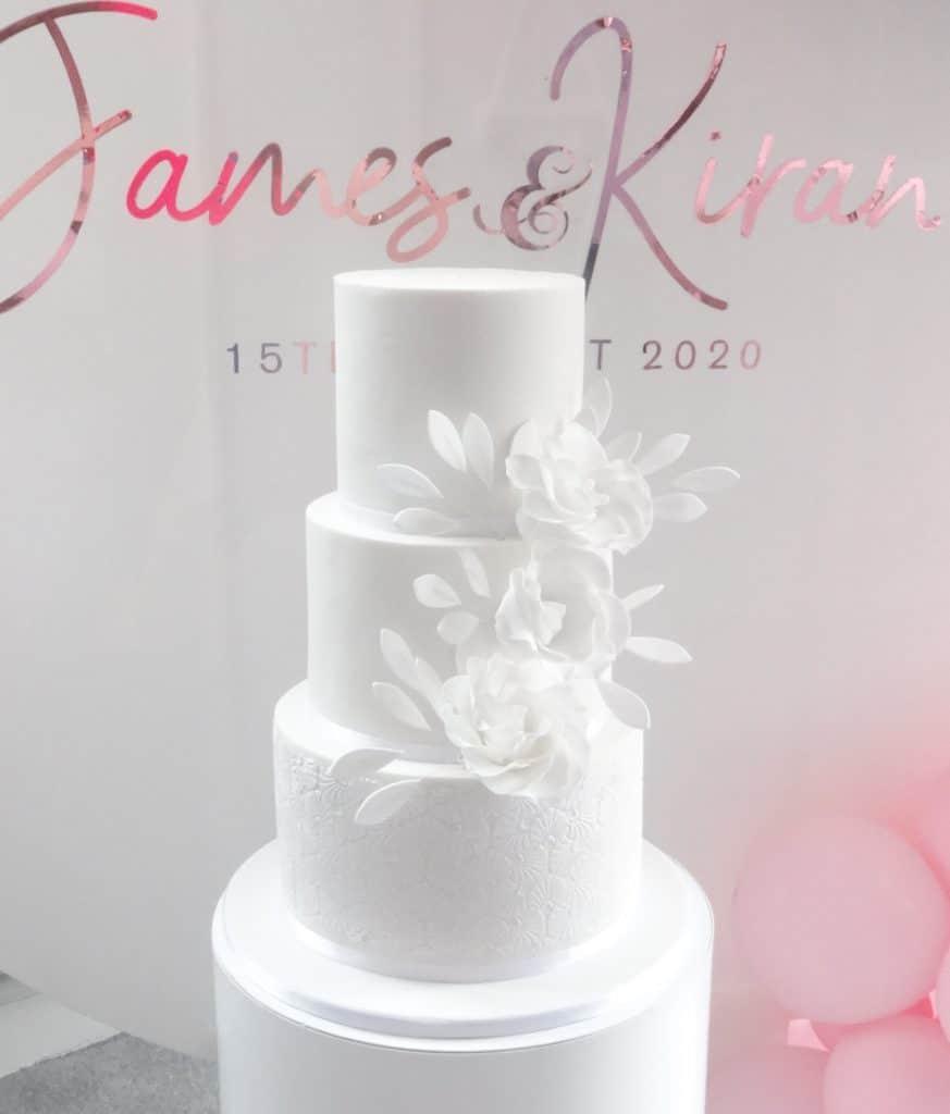 minimalistic stencil wedding cake.